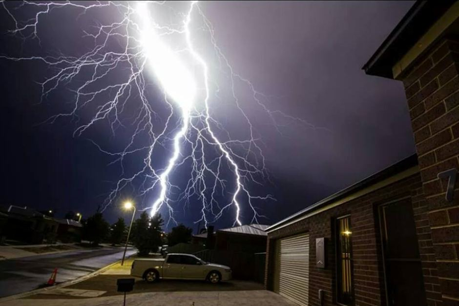 Lighting Strikes How To Protect My House My Things And